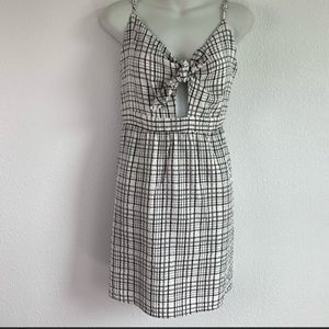 EVERLY Tie Front Dress Black and White